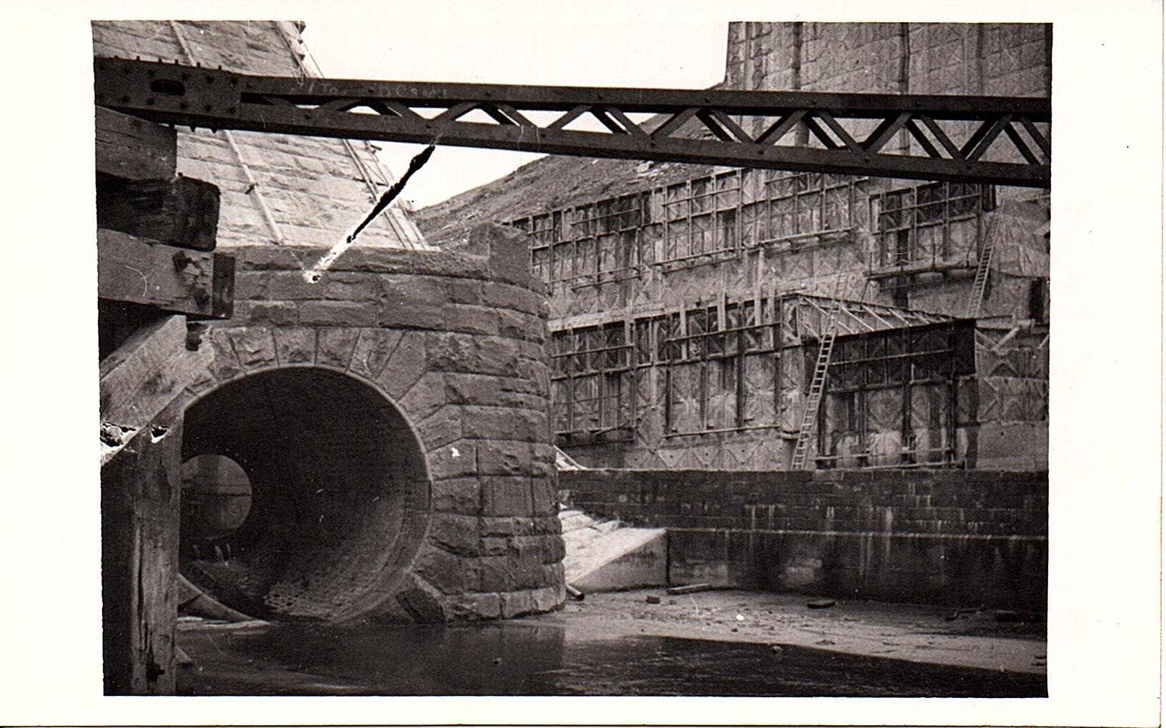 Construction of Claerwen Dam